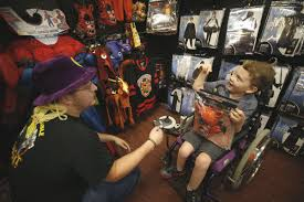 Spirit Halloween Job App by Chesterfield Boy With Leigh U0027s Disease Gets Halloween Treat