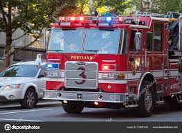 100 Fire Truck Sirens Portland Usa July 2018 Fighter Stopped Street