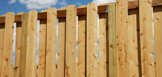 How To Make A Wooden Pallet Garden Fence