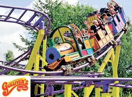 Halloween Theme Park Uk by Want A Holiday That The Whole Family Can Enjoy Win A Family Theme