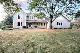 Fraser Christmas Tree Farm Ripon Wi by Hartland Real Estate Find Homes For Sale In Hartland Wi