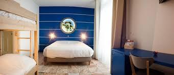 chambre dauphin chambre familiale avec lits superposés photo de hotel le dauphin