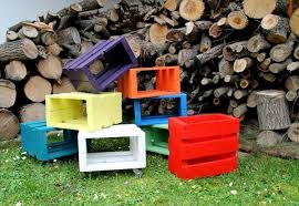 Stool Wooden Pallets Colors And Usefulness