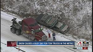 100 Trucks In Snow Causes Busy Day For Tow Truck Drivers YouTube
