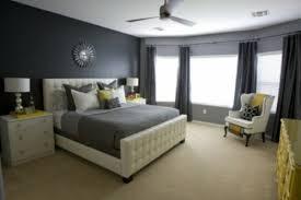 chambre avec meuble blanc chambre a coucher jaune et blanc jaune12 design moderne