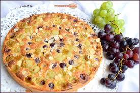 dessert aux raisins frais tarte aux raisins frais et crème d amandes la cuisine de mamie