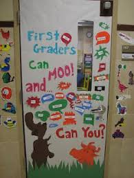 Dr Seuss Door Decorating Ideas by Would Be A Great Wall Filler Around The During Teacher