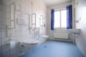 wc und bad behindertengerecht planen