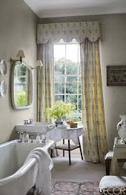 Jacobean Style Floral Curtains by Best 25 Curtains With Valance Ideas On Pinterest Valance Window