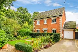 100 Oxted Houses For Sale 3 Bedroom Property For Sale In Juniper Close Surrey