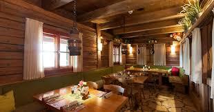 holzkäfer berchtesgaden berghütte restaurant backstube