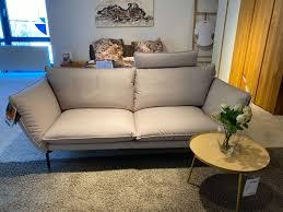 sofa raum freunde viggo