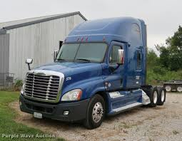 2010 Freightliner Cascadia Semi Truck | Item DD1687 | SOLD! ... Freightliner Introduces Highvisibility Trucklite Led Headlamps Fix Cascadia Truck 2018 For 131 Ats Mod American Freightliner Scadia 2010 Sleeper Semi Trucks 82019 Highway Tractor Missauga On Semi Truck Item Dd1686 Sold Used Inventory Northwest At Velocity Centers Salvage Heavy Duty Tpi Little Guys 2015 Tour Youtube 2016 Evolution With Dd15 At 14 Unveils Revamped Resigned