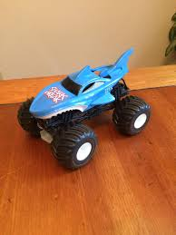 100 Shark Wreak Monster Truck Find More Guc Large Hot Wheels Jam Shark