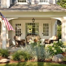 Beautiful Porch Of The House by Best 25 Front Porch Columns Ideas On Front Porch