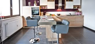 offene wohnküche mit insel هوميفاي
