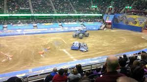 Monster Jam Cleveland 2015 - YouTube