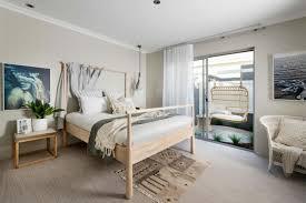 terrasse schlafzimmer teppich wandgestaltung holz grauer
