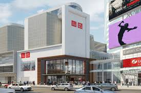 This Is When The Uniqlo At Eaton Centre Opening