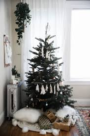 65 Ft Christmas Tree by Best 25 Corner Christmas Tree Ideas On Pinterest Nordic