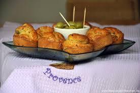 cake salé aux lardons et aux olives salziger kuchen mit speck und oliven