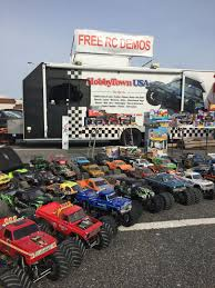 100 Pilot Truck Stop Youngsters And Their Parents Rev Their Engines In Toy Drive Event