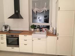 küche ikea landhausstil bodbyn cremeweiß