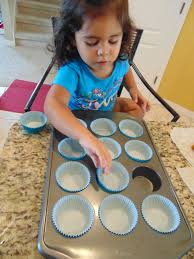 Nerdy Nummies Halloween 2015 by Easy Minion Cupcakes U2013 Modern Latina Mommy