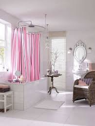 Small Bathroom Window Curtains by Best 25 Bathroom Window Curtains Ideas On Pinterest Bathroom