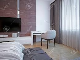 arbeitsbereich im deco schlafzimmer kleine gemütliche weißen tisch mit weichen stühlen für die produktive arbeit oder bücher zu lesen in der