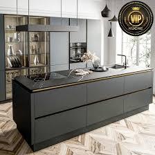 luxuriöse designerküche modo mit großer kochinsel