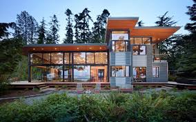 100 Glass Walls For Houses Modern Waterfront House With High Glass Walls Modern Home Design