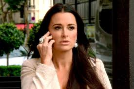 Kyle Richards Halloween Interview by Rhobh U0027 Recap U2014 Lisa Vanderpump U0026 Kyle Richards Square Off In Paris