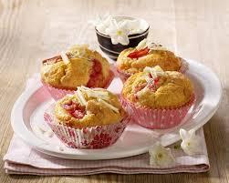 rhabarber muffins mit weißer schokolade