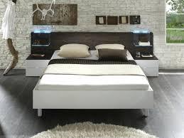 lit de chambre decoration chambre adulte pas cher tate de lit pas cher idaces diy
