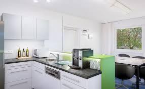 frisch eingetroffen unsere neue küche coworking space