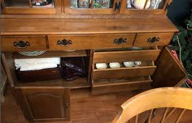 ETHAN ALLEN DINING Set & Hutch - $350.00 | PicClick Usher Oakframe Side Chair Wovenback Ethan Allen Shop Plainville Saddle Brown Ding Set Of 2 Free Shipping Ryder Chairs Chaises Cottage For Sale Tropical Room Best Interior Fniture Corin Rough Sawn Round Table Tables China Cabinet Mahogany Home Decoration Delicious Onbedroomwebsite High End Used Georgian Court 96 Courtroom Queen Anne Cherry Amazoncom Somers Modern Windsor Alinum Vintage Drop Leaf Gateleg And 3 Piece Heir And Space A Traditional