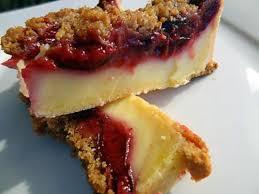 dessert aux quetsches recette recette de tarte à la quetsches sur flan vanillé et crumble spéculoos