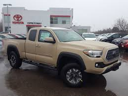 New 2018 Toyota Tacoma SR5 Extended Cab Pickup In Boston #21117 ... 2016 Toyota Tacoma Doublecab 4x4 Midsize Pickup Truck Off Road Midsize Trucks Are Making A Comeback But Theyre Outdated 2018 New Reviews Youtube Sr5 Extended Cab In Boston 21117 Trd Pro Probably All The Offroad You Need Old Vs 1995 The Fast 2017 Sport Double Athens Preowned Santa Fe Access Sr Crew Victoria 2014 2wd I4 Automatic And Rating Motor Trend