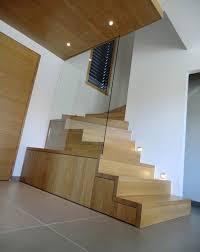 escalier design linea avec marches et contremarches bois ascenso