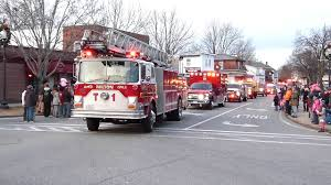 Fire Engines In 2017 Christmas Parade In Rochester New Hampshire ... Rochester Truck Vehicles For Sale In Nh 03839 Fire Apparatus New Hampshire Christmas Parade 2015 Youtube 2016 Hino 338 5002189906 Cmialucktradercom Crashed Into A Home And The Driver Fled Toyota Tacoma Near Dover Used Sales Specials Service Engines 2017 At Chevy Silverado Lease Deals Nychevy Nh Best Rearend Collision With Beer Truck Shuts Down Road