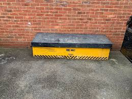 Truck Tool Box | In South Wootton, Norfolk | Gumtree Lockable Alinum Truck Tool Boxpickup Underbody Toolboxunderbed Box Chests Northern Equipment Lund 36 In Flush Mount Black79436wb The Home Depot Better Built 79212440 Sec Series Wide Single Lid Chest Amazoncom Best Choice Products 30in Camper W Buyers Guide 2018 Overview Reviews Voltmatepro Premium Jump Starter Power Supply And Air Compressor Cheap Service Drawers Find Cross Full Size Hayneedle Craftsman Ultimate Buildout 2011 Box Interior Burnout