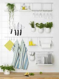 Decorative Items Decorate Small Kitchens