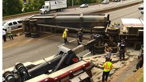 100 Game Truck Richmond Va RAW Crash Shuts Down All Lanes Of I95 In Downtown