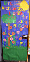 Kindergarten Christmas Door Decorating Ideas by Backyards Classroom Door Decorations Home And Design Rain
