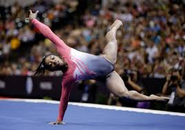 Simone Biles Floor Routine 2014 by Simone Biles Falls Still Leads Gabby Douglas At P U0026g Championships