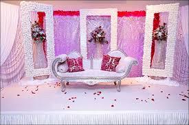 Resplendent White Rose Indian Wedding Stage Decoration
