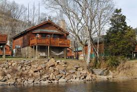 4 Bedroom Cabins In Pigeon Forge by Pigeon Forge Riverfront Two Bedroom Vacation Cabin Rental