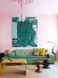 rosa und grün im wohnzimmer ein spannender farbkontrast