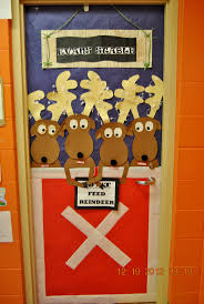 Kindergarten Christmas Door Decorating Ideas by 58 Best Classroom Door Decorating Ideas Images On Pinterest